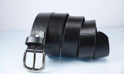 חגורת עור שחור
