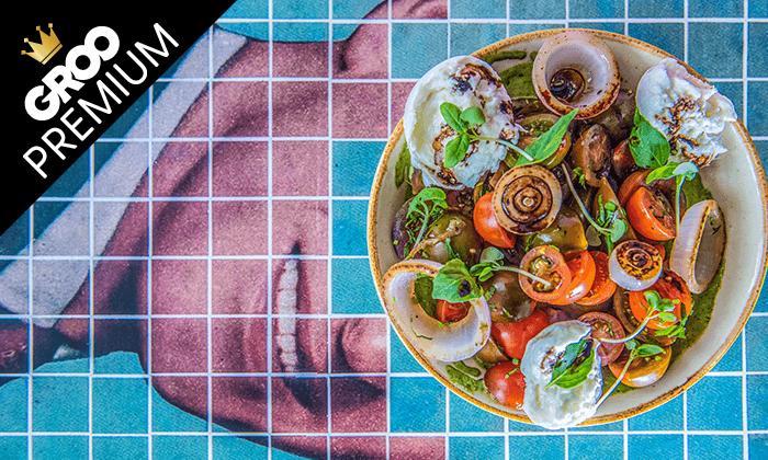 7 מסעדת עלמא, ליד חוף הים של אשדוד - ארוחת פרימיום זוגית