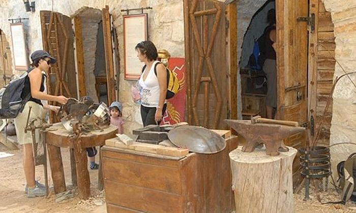 6 מוזיאון עין יעל - סיור חווייתי והשתתפות במגוון סדנאות מלאכה לקבוצה, ירושלים