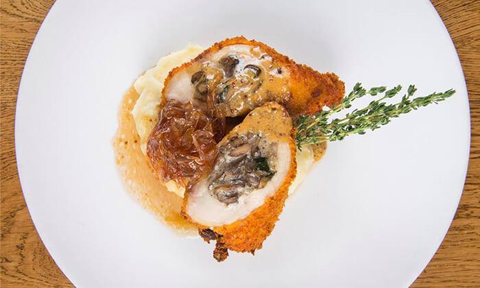 4 מסעדת לופט -LOFT במתחם הרובע ראשון לציון - ארוחה זוגית