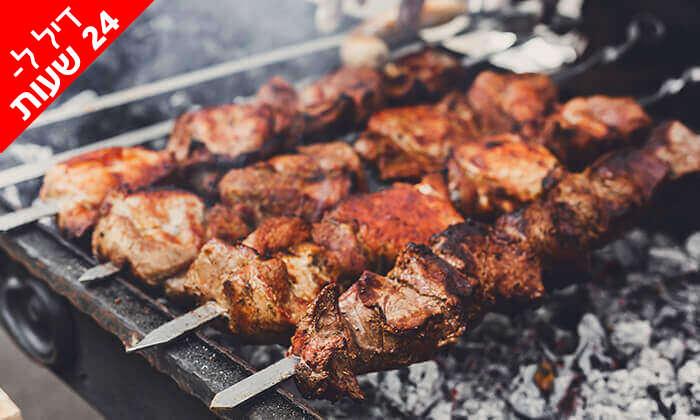 2 דיל -24 שעות: ארוחת בשרים לזוג או לשלושה במשלוח חינם ממסעדת הגריל הלוהט הכשרה, תל אביב