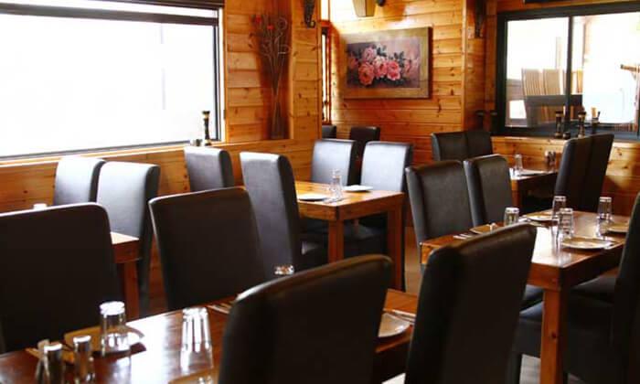 5 מסעדת סטקייה בכפר הכשרה למהדרין במושב יערה שבגליל