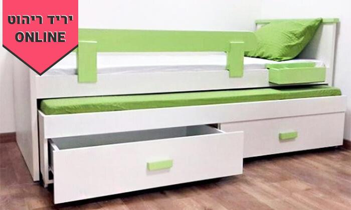 2 מיטת ילדים נפתחת כולל שני מזרנים, מעקה בטיחות ושתי מגירות