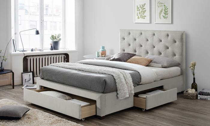 4 מיטה מרופדת ברוחב וחציהום דקור HOME DECOR