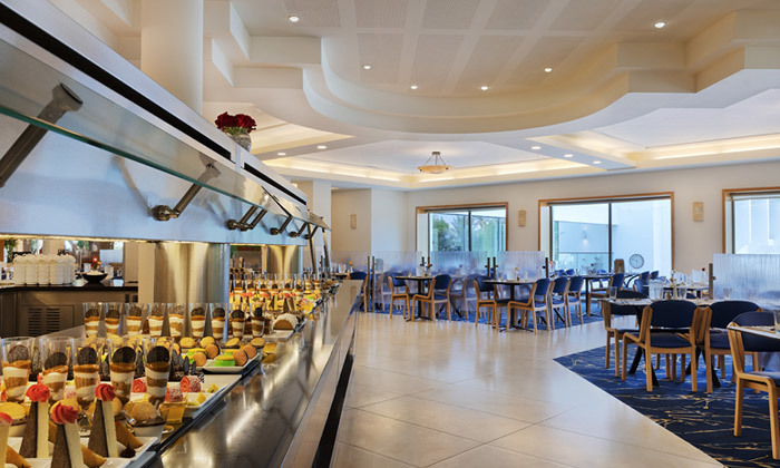 5 יום כיף עם עיסוי, בריכות וארוחה, במלון לוט ים המלח - גם בשבת