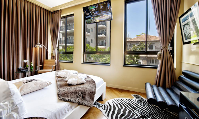 """2 מונטיפיורי 16 - מלון בוטיק אורבני, כולל סופ""""ש"""
