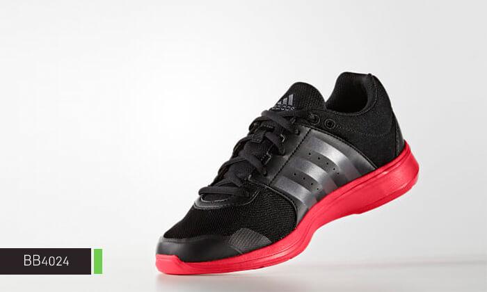 7 נעלי ספורט לנשים Adidas