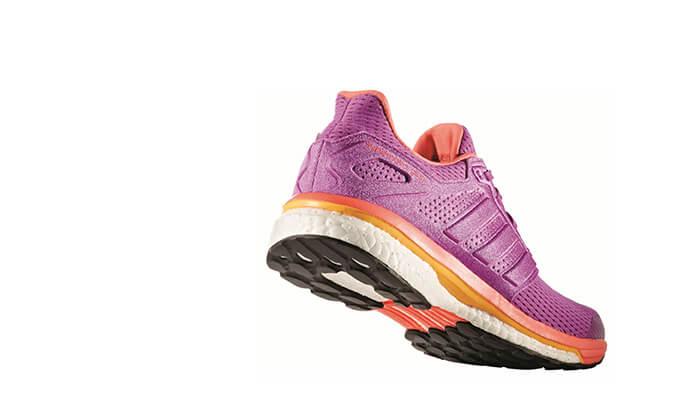 11 נעלי ספורט לנשים Adidas