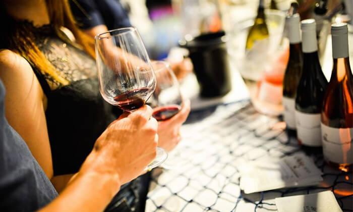 7 כרטיס לפסטיבל 'חג היין' כולל טעימות וסדנה, מתחם התחנה בתל אביב