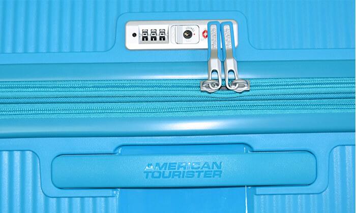 8 מזוודה קשיחה American Tourister מבית SAMSONITE