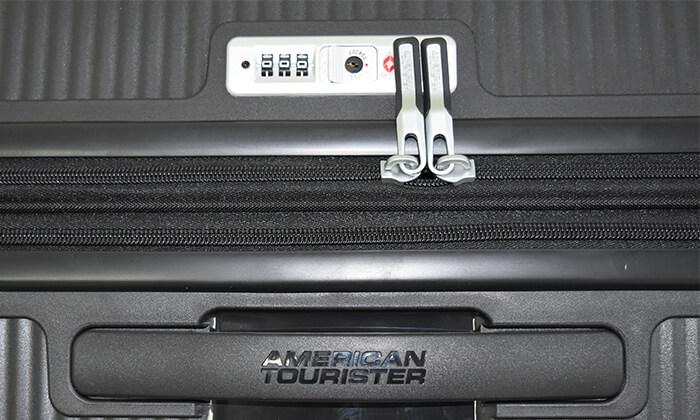 9 מזוודה קשיחה American Tourister מבית SAMSONITE