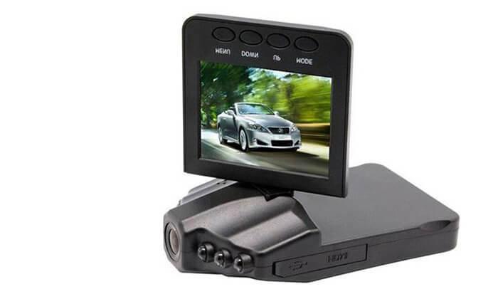 2 מצלמת רכב עם מסך 2.7 אינץ'