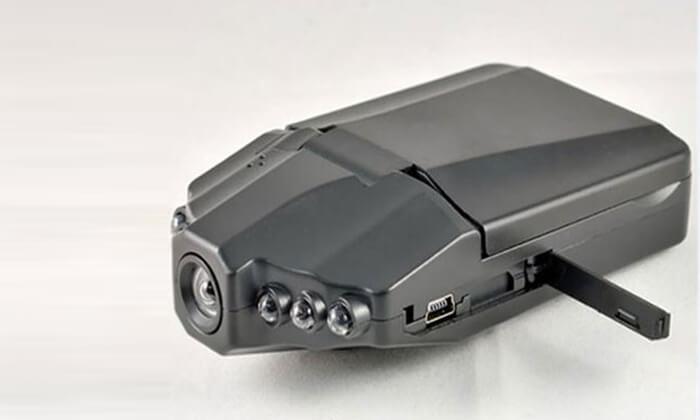 3 מצלמת רכב עם מסך 2.7 אינץ'