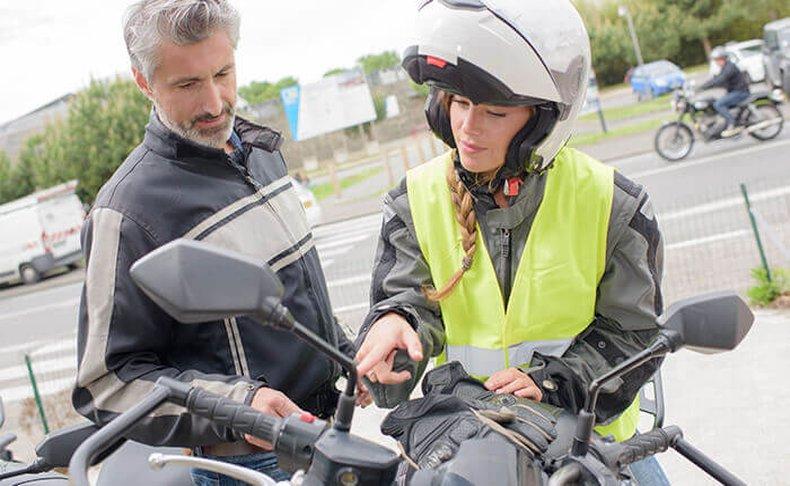 4 שיעורי נהיגה על קטנוע וטסט