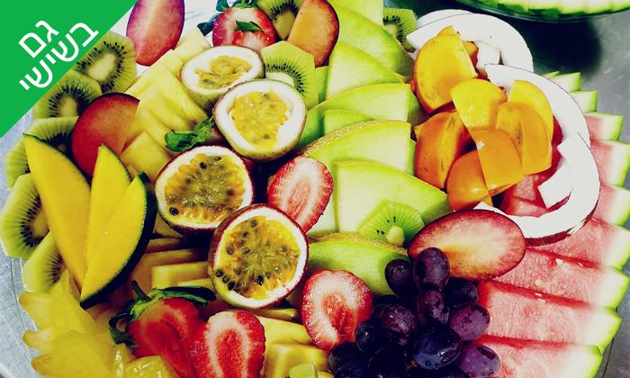 2 מגשי פירות מדוקטור ג'וס