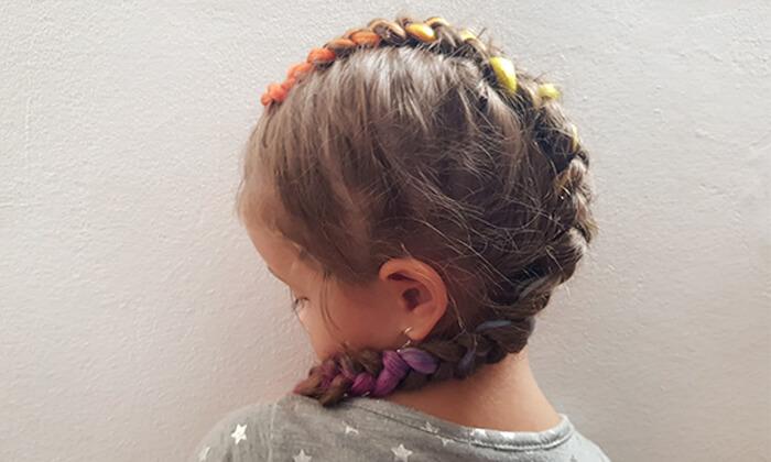 3 תסרוקת אמנותית לילדות בסטודיו לצילום אומנתי של אריאלה, תל אביב