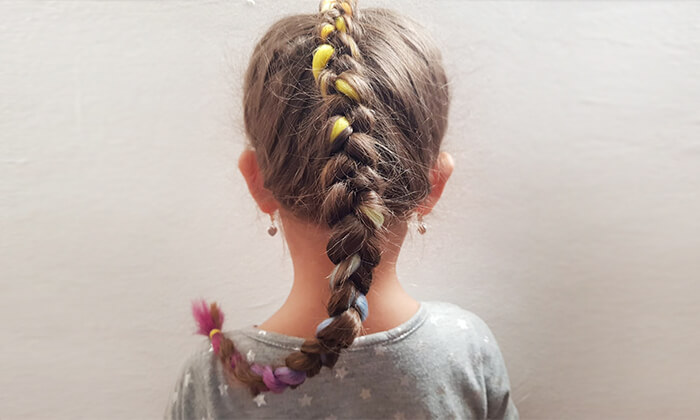 4 תסרוקת אמנותית לילדות בסטודיו לצילום אומנתי של אריאלה, תל אביב