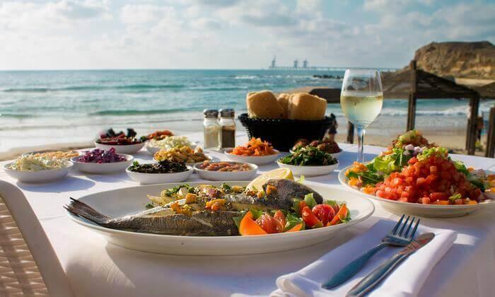 3 ארוחה זוגית במסעדת בני הדייג עם יין וקינוח, ראשון לציון