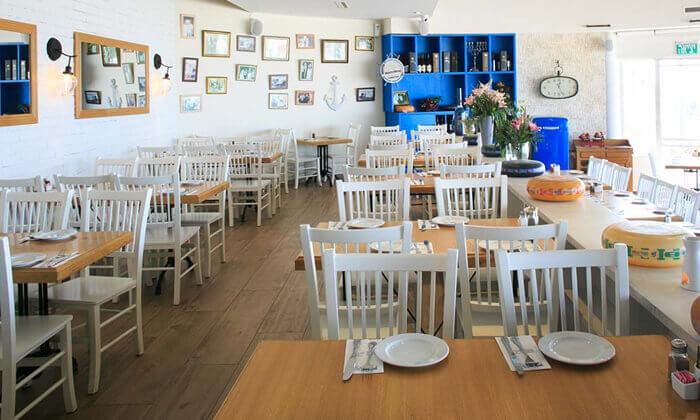 5 ארוחה זוגית במסעדת בני הדייג עם יין וקינוח, ראשון לציון