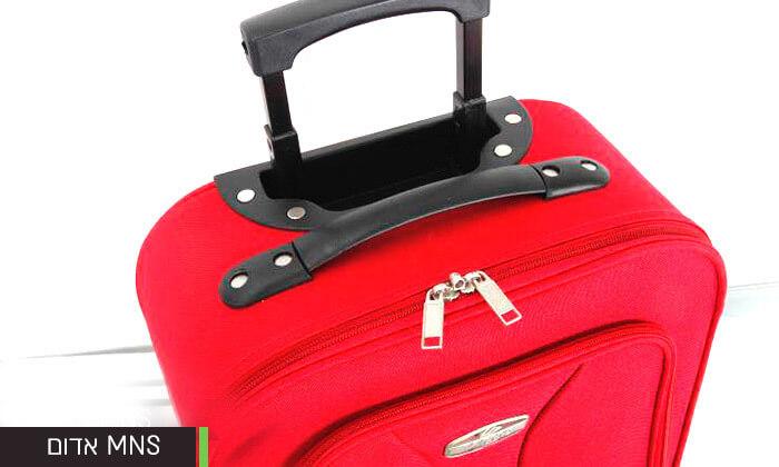 14 מזוודות קלות משקל
