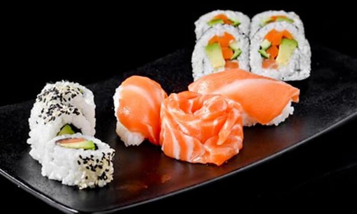6 ארוחת סושי מהסושיה, בת ים