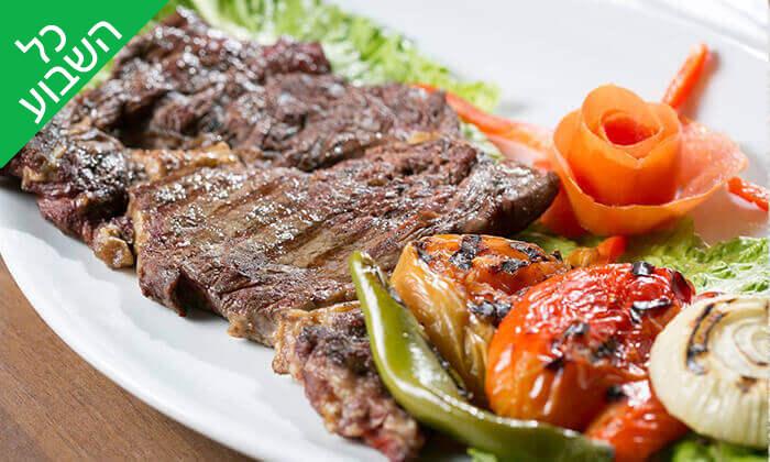 8 ארוחה זוגית במסעדת אבו זאקי - בן יהודה, תל אביב