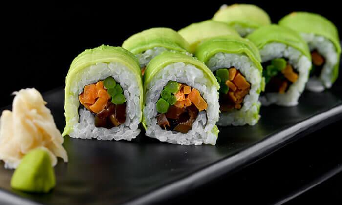 6 פרנג'ליקו סניף יגור - ארוחת סושי זוגית