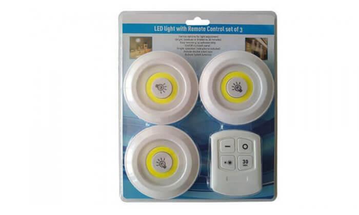 3 3 מנורות לד עם שלט