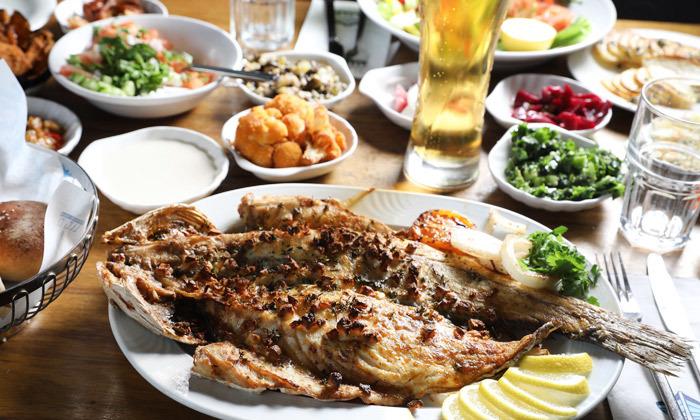 12 דיל ל-24 שעות: דרבי בר דגים במרינה הרצליה - ארוחה זוגית