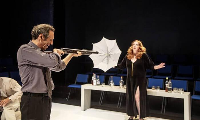 """5 המחזה """"מי מפחד מוירג'יניה וולף?"""" בתיאטרון הבימה ת""""א"""