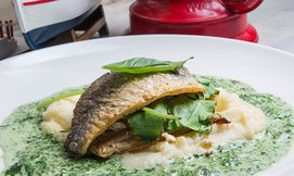 ארוחת דגים זוגית במסעדת פפה