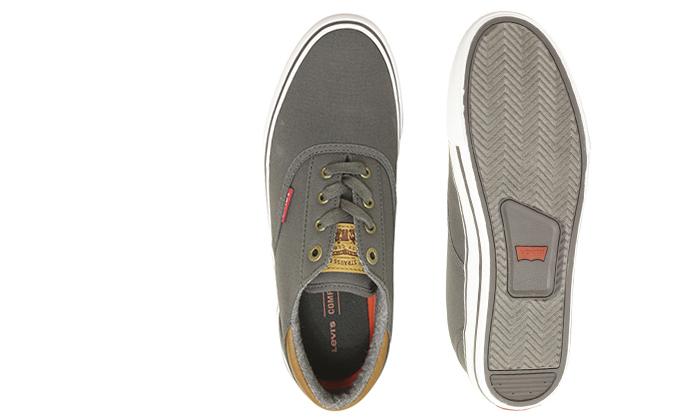 11 נעלי סניקרס לגברים ליוויס LEVI'S