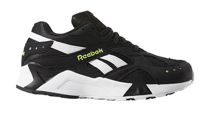 2 נעלי סניקרס Reebok לנשים ונוער