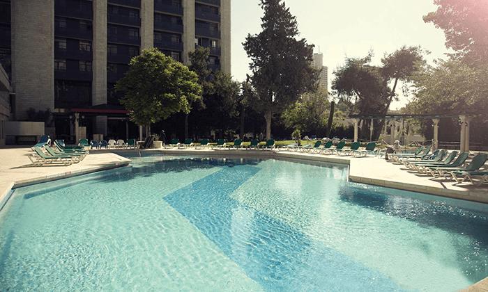 11 חופשה ירושלמית - מלון גני ירושלים וסיור בשוק מחנה יהודה התוסס