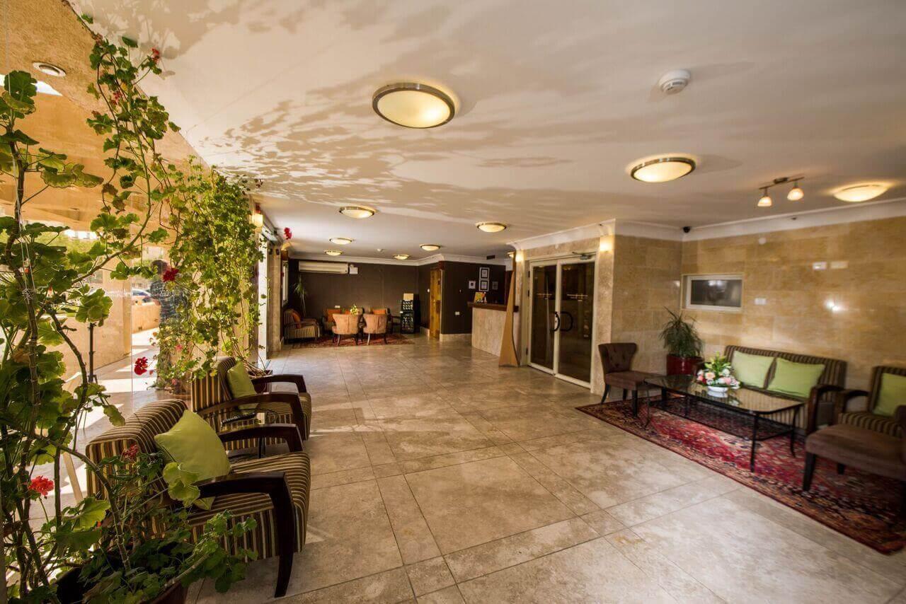 """5 חופשה במלון סוויטות רמון, כולל סופ""""ש"""