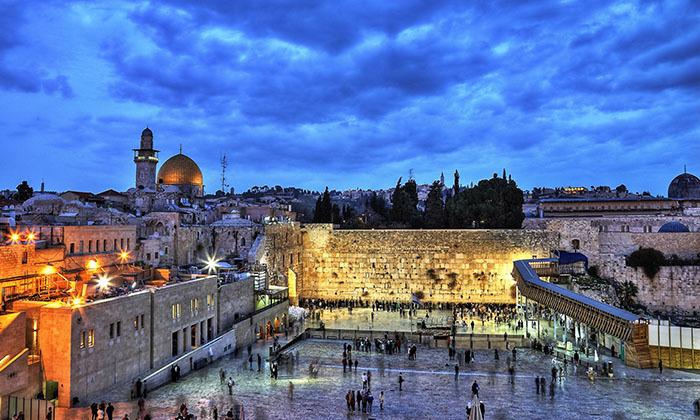 """חופשה זוגית במרכז ירושלים, כולל סופ""""ש"""