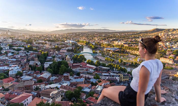 טיול כוכב מאורגן בטביליסי והאזור - כולל פסח וחגי תשרי