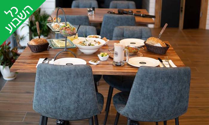 4 ארוחת בוקר זוגית בקפה 'קקאו', צומת עדי