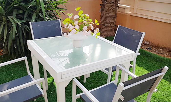 3 שולחןגינה נפתח וארבעה כיסאות תואמים