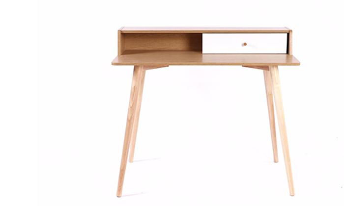 2 שולחן מחשב מעץ