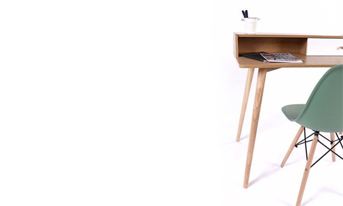 4 שולחן מחשב מעץ