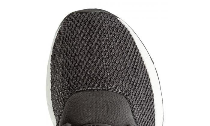 4 נעלי סניקרס/ריצה לנשים ניו באלאנס New Balance