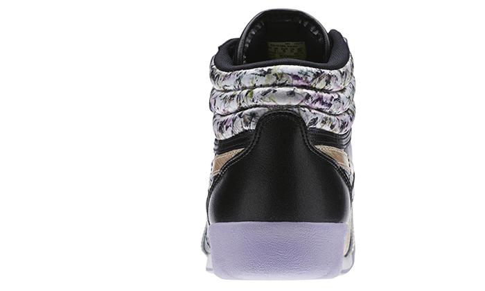 12 נעלי נשים ריבוק Reebok