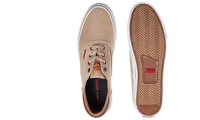 29 נעלי סניקרס לגברים ליוויס LEVIS