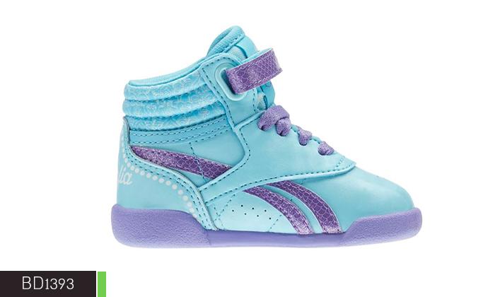 8 נעלי Adidas ו-Reebok לילדים ונוער