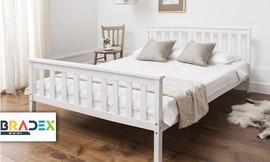 מיטת עץ מלא ברוחב וחצי
