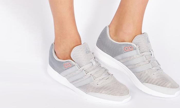 16 נעלי נשים אדידס adidas