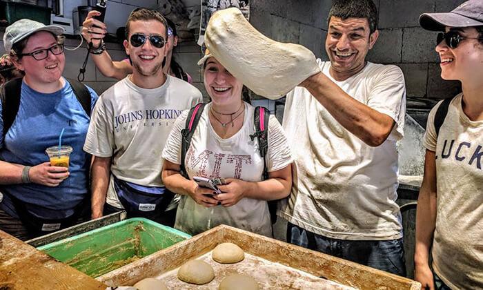 3 כרטיס טעימות בשווקים הססגוניים של ירושלים, עכו ותל אביב