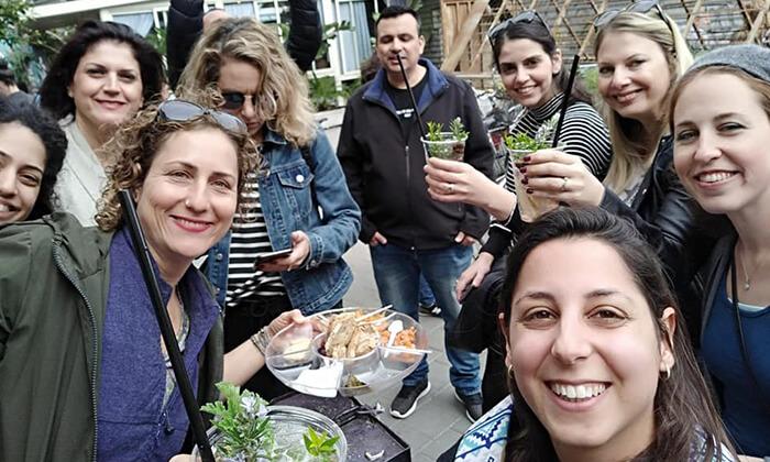 6 כרטיס טעימות בשווקים הססגוניים של ירושלים, עכו ותל אביב