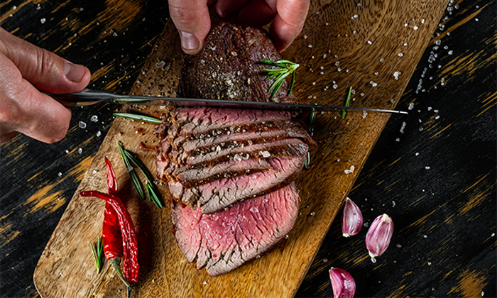 2 ארוחת בשרים עם שף פרטי מ'מבשלים באהבה' אצלכם בבית, רמת גן